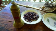 Turskish coffee grinder can't grind the cacao beans.